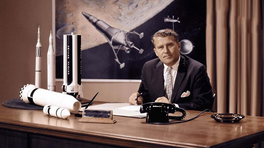 Thinpo - Saturn 5 Ay Roketi ve Mucidinin Hikayesi